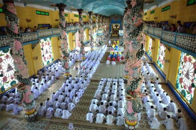 Cu Chi Tunnel And Cao Dai Temple Full Day