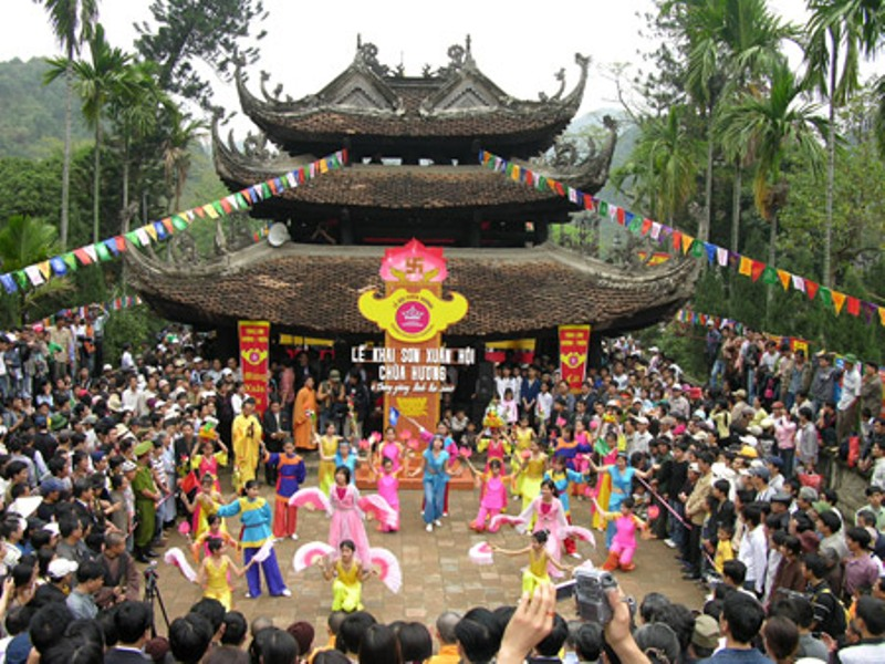 Perfume Pagoda Tour 1 Day @35.00 USD/ pp