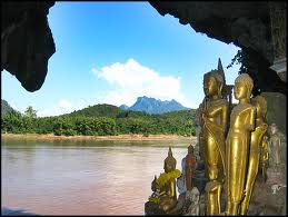 Luang Phrabang - Full Day Pak Ou Caves